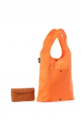 Foldable in trendy look designed with 1 front pocket